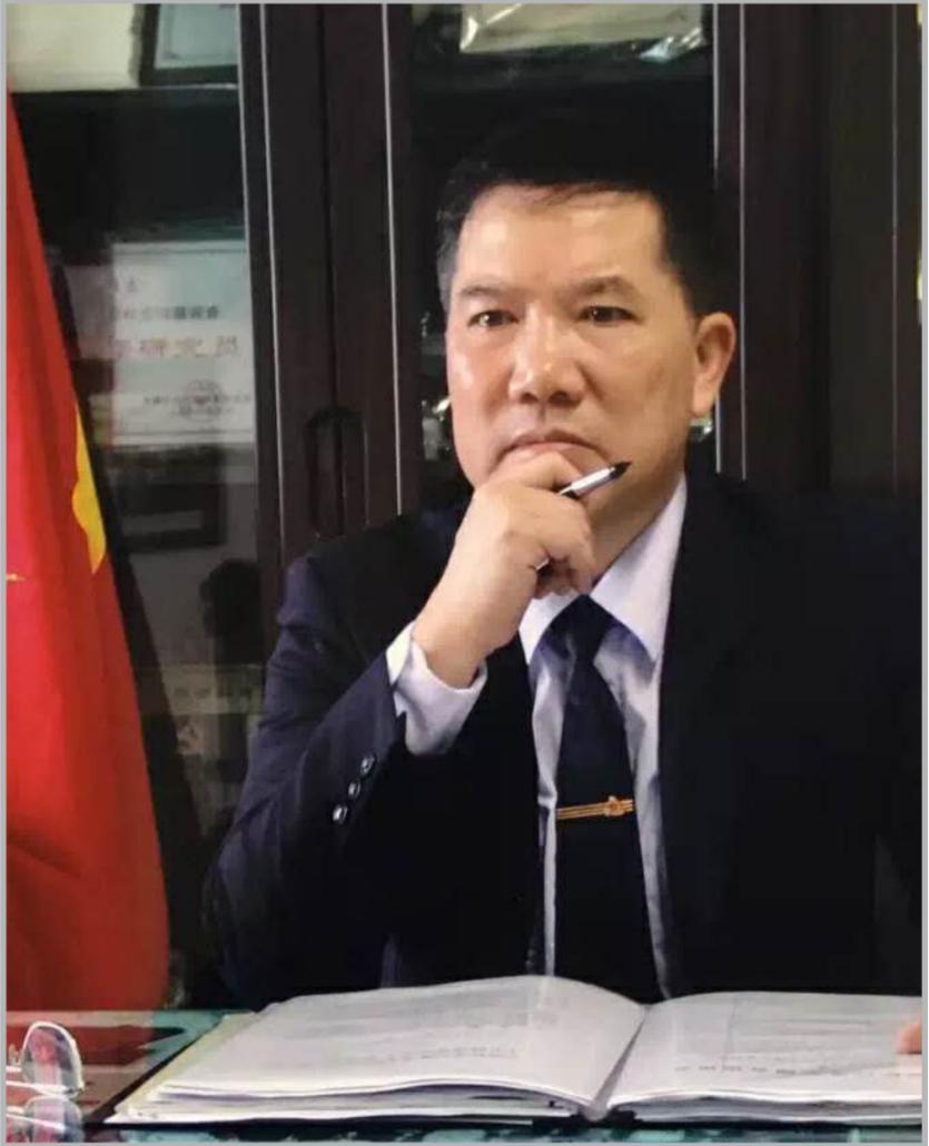 访重庆昌伟美术培训创始人吴昌伟