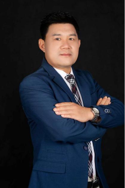 重庆能容建筑科技有限公司董事长熊智刚
